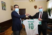 Լոռու մարզպետը ընդունեց «Լոռի» ֆուտբոլային ակումբի հիմնադիր-տնօրեն Թովմաս Գրիգորյանին և ակումբի ներկայացուցիչներին: