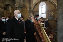 ՀՀ Վարչապետը  և Լոռու մարզպետը հարգանքի տուրք մատուցեցին 1988-ի երկրաշարժի զոհերի հիշատակին