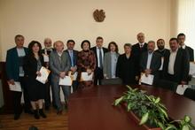 Մարզպետ Արթուր Նալբանդյանը շնորհակալագրեր հանձնեց «Արտէքսպոյի» մրցանակակիրներին