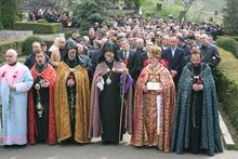 Սուրբ Պատարագ Մեծ Եղեռնի զոհերի հիշատակին
