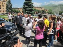 «Երևան-Վանաձոր» համագործակցությունը խորհրդանշող տասը նստարան՝ Հայքի հրապարակին