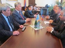 Ղազախստանի Հանրապետության արտակարգ և լիազոր դեսպանը հանդիպեց Լոռու մարզպետի հետ
